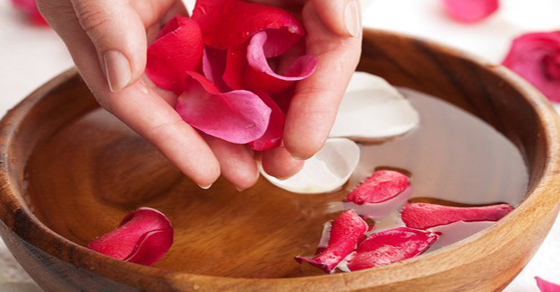 diy-rose-water